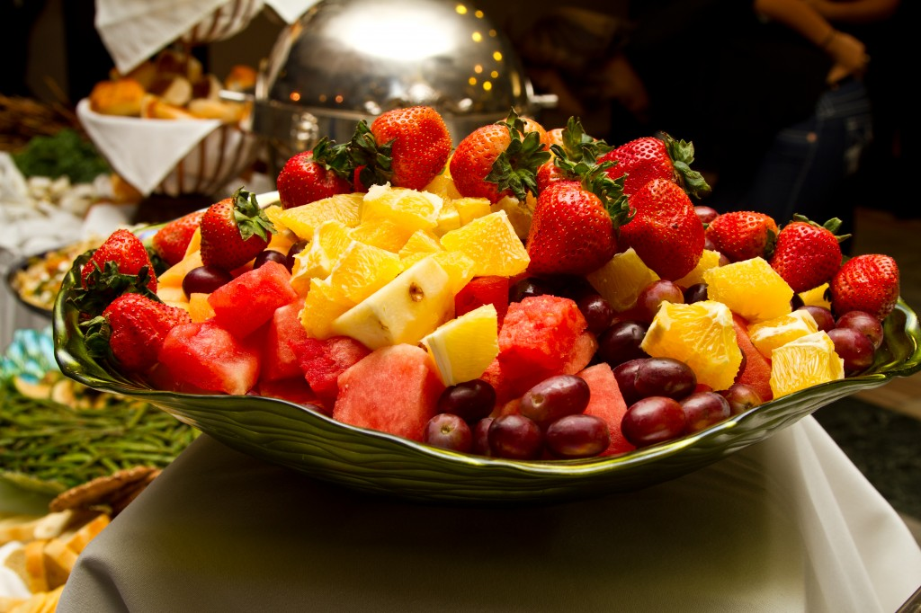 Citrus Fruit Bowl and Fruit Juices